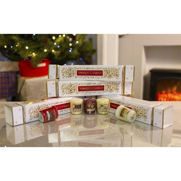 Dárkový set votivních svíček Yankee Candle Cracker bílý
