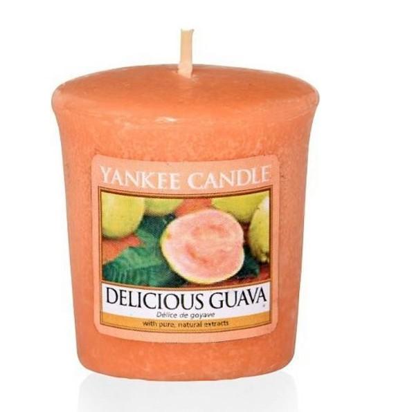 Votivní svíčka Yankee Candle Delicious Guava 49g