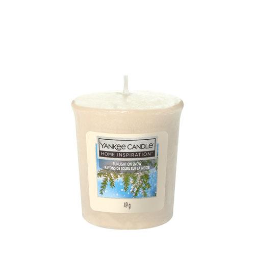 Votivní svíčka Yankee Candle Sunlight on Snow 49g