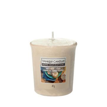 Votivní svíčka Yankee Candle Iced Almond Cookies 49g