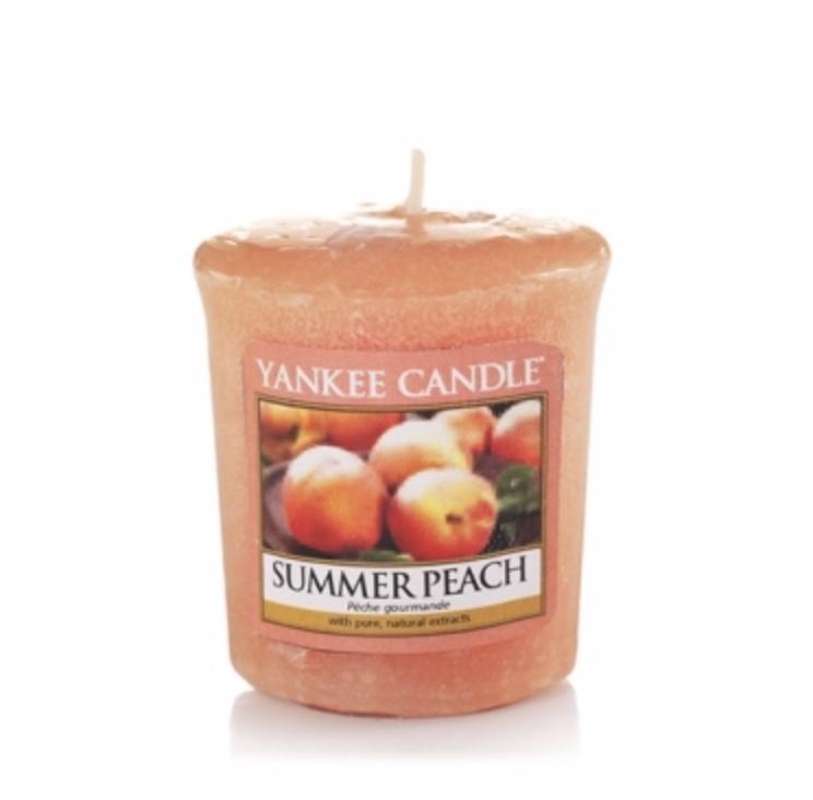 Votivní svíčka Yankee Candle Summer Peach 49g
